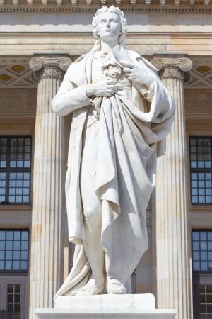 friedrich: Friedrich Schiller statue in Gendarmenmarkt, Berlin Stock Photo