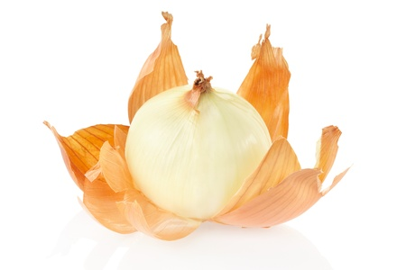 Onion peeled on white, clipping path included Фото со стока