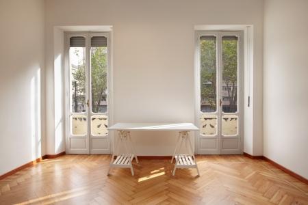 Moderne Neue Wohnung Zimmer Mit Schreibtisch Photo