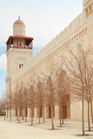 king hussein: King Hussein Bin Talal mosque minaret in Amman, Jordan Stock Photo