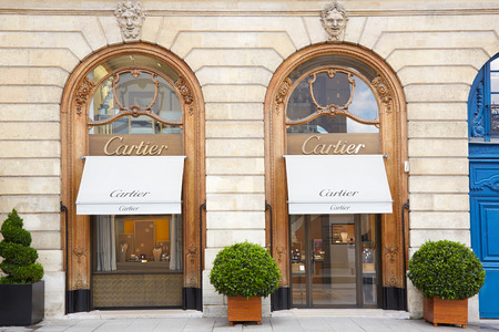 Cartier winkel in plaats Vendome in Parijs