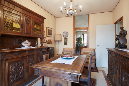 antiquities: Dining room with antiquities in house in Italy