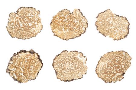 truffe blanche: Noir tranches de truffe collection sur blanc, chemin de détourage