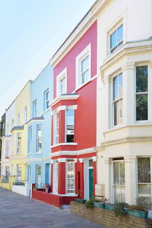 the white house: Typical colorful houses facades in London