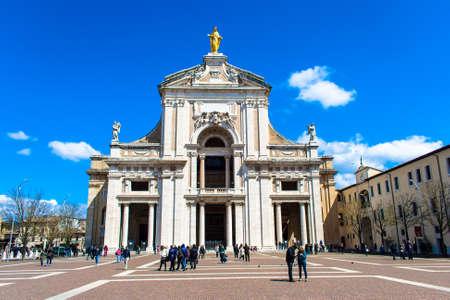 angeli: Santa Maria degli Angeli Editorial