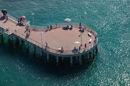 Pier Blick von oben Standard-Bild - 36522486