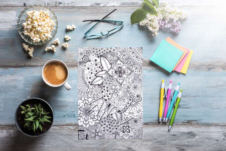 Adult coloring books, new stress relieving trend 版權商用圖片