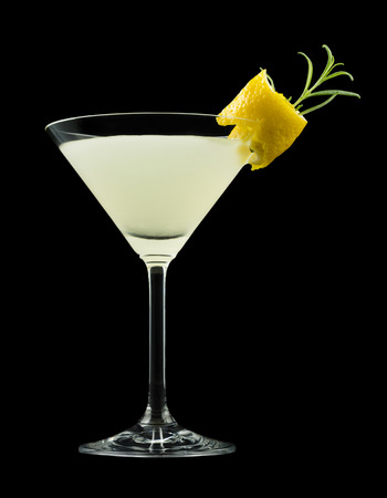 Rosemary Lemontini, cocktail that contains vodka, lemon juice, simple syrup and rosemary