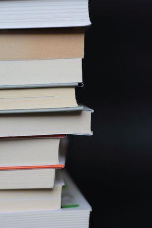 pila: Books!