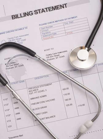 dichiarazione: Stetoscopio sulla fatturazione dichiarazione medica tutto il testo � anonimo Archivio Fotografico