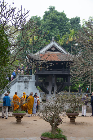mot: HANOI - 2014.01.26: Pagoda on one leg, the temple Hua Mot Kot, 26.01.2014, Hanoi, Vietnam Editorial