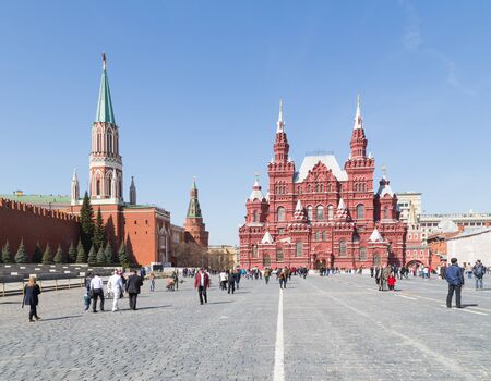 sights of moscow: Moscow - April 12, 2015: Many citizens and tourists walk and see the sights on Red Square in the early spring weather is nice, April 12, 2015, Moscow, Russia