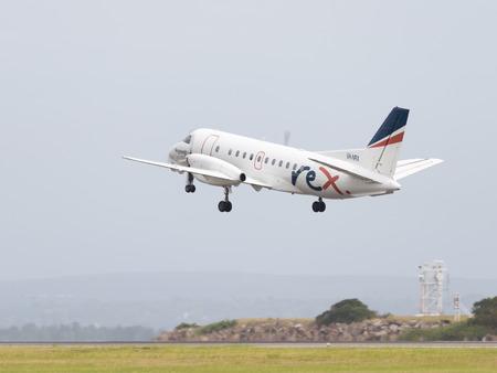 Sydney - 26 lutego 2016: pasażer SAAB AIRCRAFT CO REGIONAL EXPRESS HOLDINGS LIMITED, NSW, REX na lotnisku w Sydney 26 lutego 2016, Sydney, Australia
