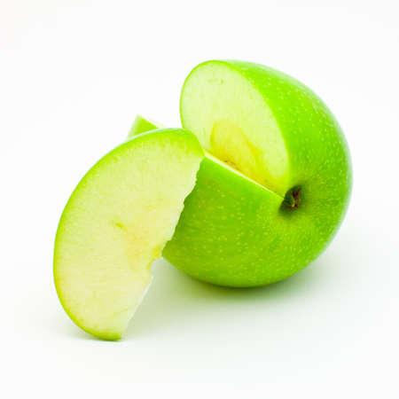 segmentar: manzana verde con un segmento