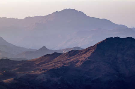 View from the mountain of Moses, a beautiful sunrise in the mountains of Egypt. Archivio Fotografico