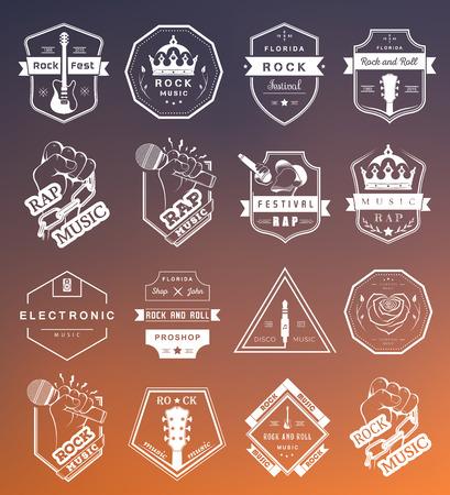 fiestas electronicas: Conjunto de insignias de vectores de la música rock y el rap de la música clásica, la música electrónica y la música disco. La colección de símbolos y emblemas para la impresión de camisetas, festivales y fiestas.