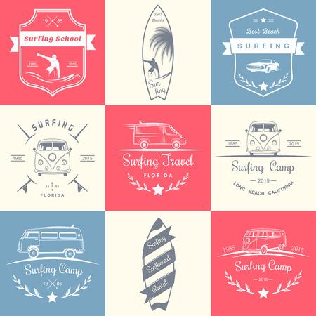 ベクトルとサーフィン、キャンプ、ハイキング、野外活動のバッジのセットです。シンボルとエンブレムのサーフィン クラブ、サーフィン ・ スク  イラスト・ベクター素材
