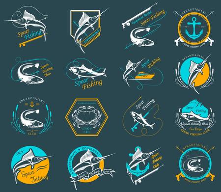 logo poisson: Big ensemble de logos, badges, autocollants et gravures harpon isolé sur fond blanc. Vector label prime pour chasse sous-marine et de nage sous-marine - Image vectorielle