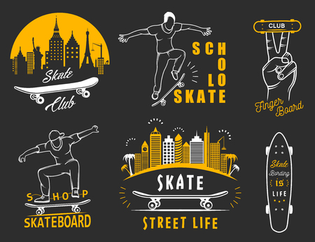 arte callejero: Set of skateboarding badge, emblems, stickers, labels and elements of street style. Collection sign street art, street life and graffiti