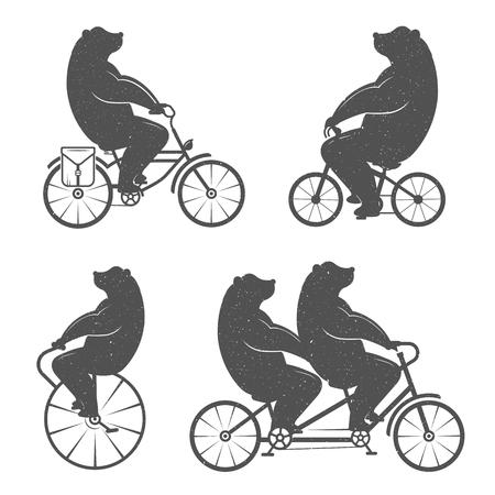 グランジ効果が付いているバイクにヴィンテージのイラスト クマ。面白いクマのポスターと t シャツの白地に自転車に乗る