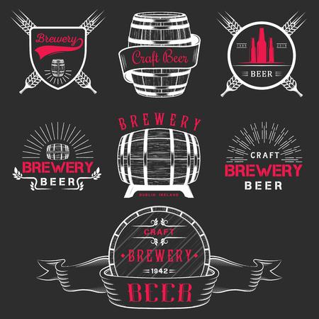 ビンテージ クラフト ビール醸造所のロゴ、エンブレム バッジ、ラベル、デザイン要素。