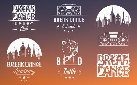 taniec: Zestaw breakdance bboy sylwetki w różnych pozach. Kolekcja logo i emblematy szkole hip-hop, akademię, bitwa break dance, klub, puchar i ligę. Zarejestruj hip-hop, graffiti i street dance.