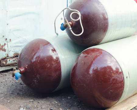 gas cylinders for installation on the car