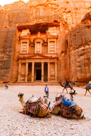 Petra, Jordan- March 16, 2017: Views of the Lost City of Petra in the Jordanian desert, one of the Seven Wonders of the World. 報道画像