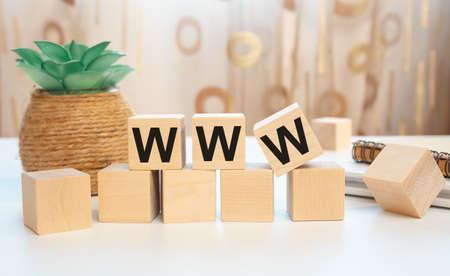 WWW word letter on wooden cubes. Internet website concept 免版税图像
