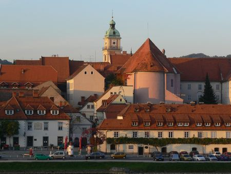 drava: The old part of the Maribor city by the Drava river (Lent)