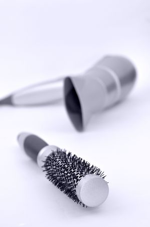 hairdryer: Round hairbrush and hairdryer