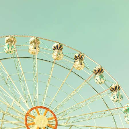 libros volando: Rueda de la fortuna de la vendimia