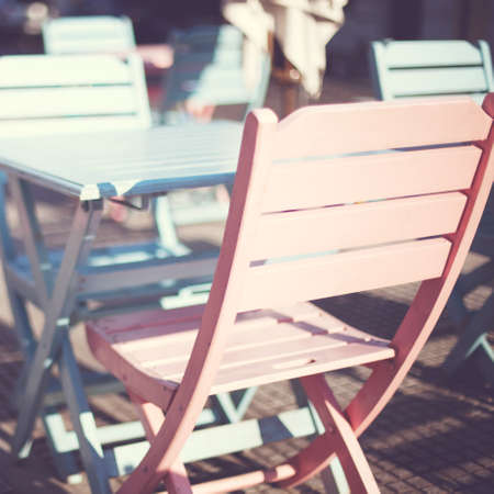 Outdoors cafe tables and chairs 스톡 콘텐츠