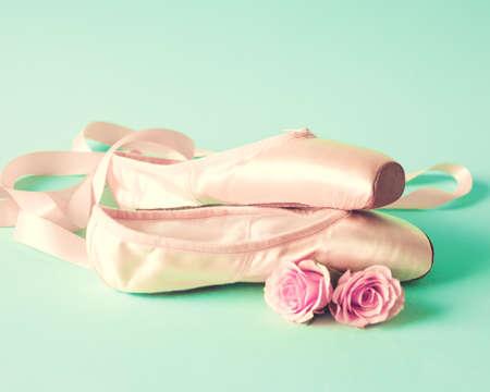 ballet clásico: Zapatos de ballet de la vendimia Foto de archivo