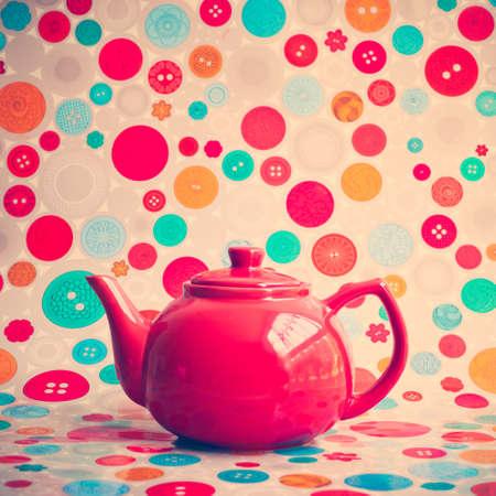 papel tapiz turquesa: Tetera roja de la vendimia
