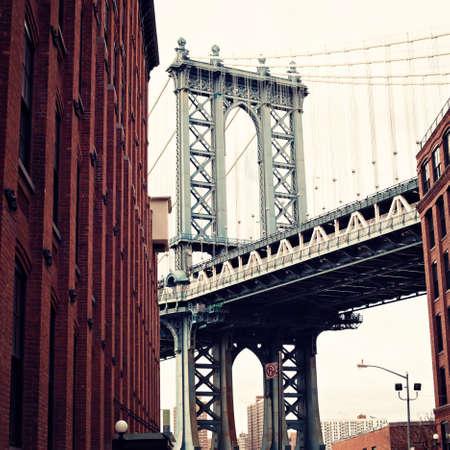 flat iron: Manhattan Bridge