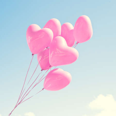 pink wedding: Pink heartshaped balloons