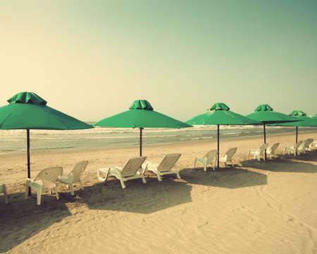 tend: Vintage Summer beach and umbrellas