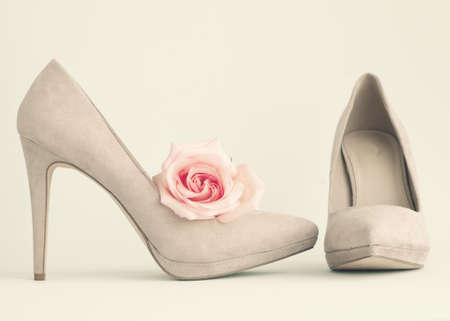 shoes fashion: Vintage heel shoes and rose