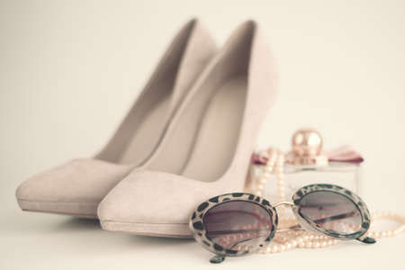 femenine: Vintage femenine fashion items