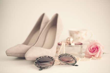 femenine: Vintage femenine fashion items