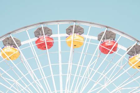 Vintage Ferris Wheel in California Banco de Imagens - 104372193