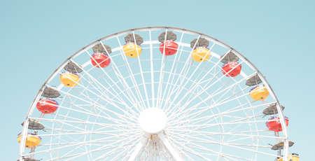 Vintage Ferris Wheel in California Banco de Imagens - 104372206