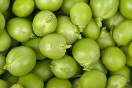 considerable: Fresh green peas in a considerable quantity