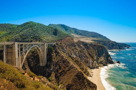 Bixby Bridge, the most photographed bridge on the Pacific Coast. Scenic California Highway 1 版權商用圖片