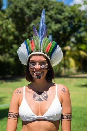 Beautiful young indigenous Pataxo woman in Bahia, Brazil Foto de archivo