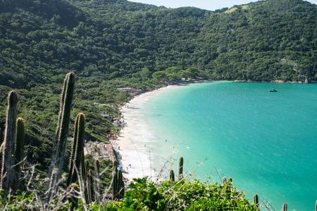 Beautiful coastline of Arraial do Cabo in summertime, Rio de Janeiro, Brazil Imagens