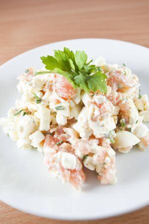 Salad made of salmon, eggs, yoghurt and herbs - Ducan diet