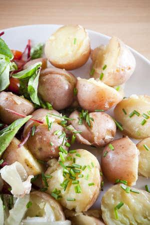 Frisches Baby Kartoffeln mit Kräutern