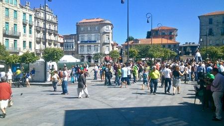 Città di Pontevedra in Galizia durante una giornata normale